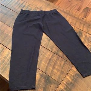 Jean looking Capri leggings sz xs